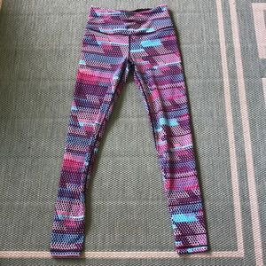 Victoria Sport leggings. XS